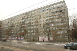 Продажа 3 комнатной  Ул. Миропольская 3. Второй дом от метро Черниговская.