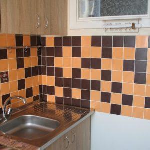 сдам долгосрочнооднокомнатную квартиру в Дарнице для семьи