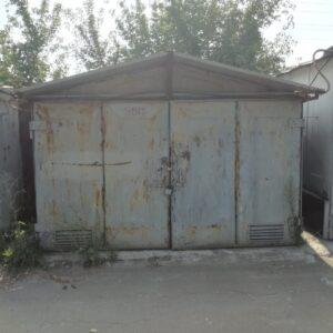 Продам гаражный бокс  возле метро Выдубычи