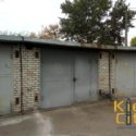 Два рядом стоящих гаража для любого вида бизнеса.